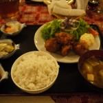 ラパスで美味しい日本食を食べられて漫画も読める『けんちゃん』に行ってきた。